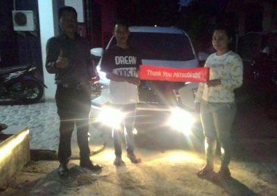 foto serah terima mobil mitsubishi tangerang banten oleh Bahtiar sales executive (8)
